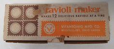 Vintage Vitantonio Mfg. Co. Ravioli Maker No. 512 Makes 12 Ravioli #VitantonioMfgCo