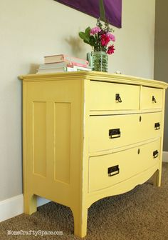 Yellow Painted Vintage Dresser Makeover Source by dresser makeover Yellow Painted Dressers, Yellow Painted Furniture, Yellow Dresser, Yellow Drawers, Painted Chest, Vintage Dressers, Vintage Furniture, Diy Furniture, Diy Dressers