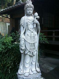 Kuan Yin, Bodhisattva of Compassion (Photo by geraldford)