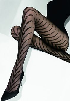 Love the details on the black leggings. Would love to see these paired with an oxblood red dress to show maximum sex appeal. #leggings #style #tights