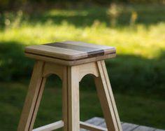 Tabouret de comptoir en bois d'érable et de noyer noir