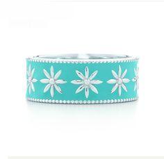 Tiffany & Co. @}-,-;--