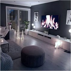 Dark Walls Living Room, Living Room Decor Cozy, Living Room Modern, Home Living Room, Apartment Living, Interior Design Living Room, Living Room Designs, Design Bedroom, Dark Wooden Floor Living Room