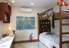Cama beliche em quarto para meninos.   https://www.homify.com.br/livros_de_ideias/41210/9-quartos-de-meninos-super-divertidos