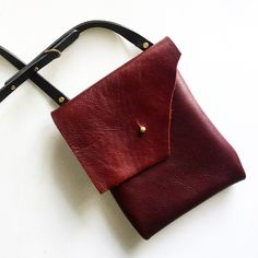 New addition to the RAW Series - the messenger crossbody.