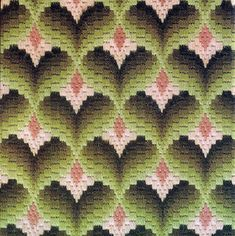 55 Super Ideas for embroidery patterns geometric quilt blocks Bargello Needlepoint, Bargello Quilts, Bargello Quilt Patterns, Needlepoint Stitches, Needlework, Embroidery Patterns, Hand Embroidery, Chevron Wall Art, Geometric Quilt