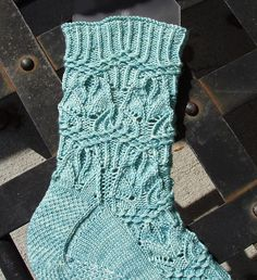 Ravelry: Alalcomenaeus pattern by Mary Hough