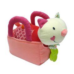 Le chat de Nina est doux et affectif. Il propose à l'enfant 5 activités d'éveil. L'enfant découvre différents sons : grelot, papier bruissant, anneau à billes. Une fois le chat rangé dans le sac, l'enfant le promène et l'emporte partout avec lui.