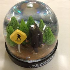 That Sassy Sasquatch gets around! Capture him in this awesome snow dome!