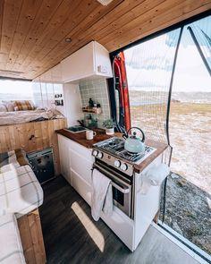 Van Conversion Interior, Camper Van Conversion Diy, Bus Living, Tiny Living, Diy Van Conversions, Sprinter Van Conversion, Van Home, Van Camping, Camping Life