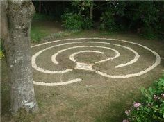 Labyrinth Designs Garden image result for rose flagstone in a nautilus pattern images labyrinth gardenlabyrinth A Smaller Possibly More Achievable Labyrinth