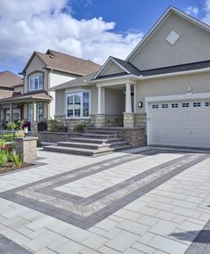 Mix colors, patterns and products to create a dynamic driveway. Your home will never look the same! Modern Driveway, Driveway Design, Driveway Pavers, Driveway Ideas, Walkway, Front Door Landscaping, Brick Porch, Concrete Patio Designs, Paving Design