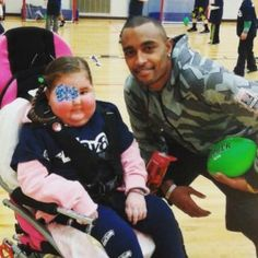Seahawks Wide Receiver Doug Baldwin becomes #Averystrong is playing 60.