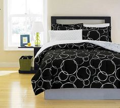 Black & White Polka Dots Teen Queen Comforter Set (8 Piece Bed In A Bag)