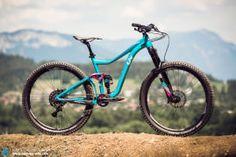 First Look | LIV Intrigue SX & Lust Advanced 1 Women's Bikes