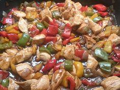O Frango Xadrez Caseiro é uma receita fácil e deliciosa para a refeição da sua família. Faça e receba muitos elogios! Veja Também: Yakissoba Caseiro Veja T