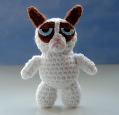 Grumpy Cat amigurumi crochet PATTERN. $3.50, via Etsy.