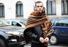 BLANKET | It's still sumer in Brazil but look what you'll need for this winter. MUST HAVE! Tommy Ton's Street Style: Milan Fall 2013: Style: GQ