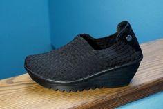 beb87ef1db47 Women-039-s-Bernie-Mev-039-Gem-039-Black-Slip-On-Wedge-Shoes-Size-38-8-Nice