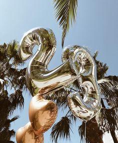 New birthday girl pictures quotes Ideas Happy Birthday 23, Dad Birthday Card, 23rd Birthday, Birthday Love, Birthday Cards For Men, Birthday Wishes, Birthday Girl Pictures, Birthday Photos, Balloon Pictures