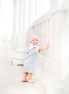 Leslee Mitchell Kids. Childrens photography. 1 year old portrait photography.