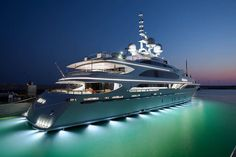 Imagine your beautiful aquarium around your private chartered yacht. If you're looking for a holiday of a lifetime this summer, please contact us today and we'll be pleased to email you our luxury yacht charter collection spread across 30 destinations worldwide.. #Yachts #DubaiYachts #YachtRentals #SuperYachts #YachtRentals