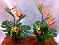 exotic flowers coloring pages Tropical Flower Arrangements, Flower Arrangement Designs, Ikebana Flower Arrangement, Church Flower Arrangements, Ikebana Arrangements, Church Flowers, Flowers Garden, Tropical Centerpieces, Flower Centerpieces