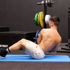 Want legendary abs? Fraser Wilson is bringing them to you with a kettlebell abs workout to get you i Gym Workout Chart, Band Workout, Gym Workout Videos, Best Ab Workout, Abs Workout Routines, Fitness Workouts, Fitness Tips, Body Fitness, Kettlebell Ab Workout