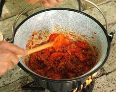 (3) Bográcsos pincepörkölt | Bérczi Róbert receptje - Cookpad receptek Shrimp, Meat, Food, Essen, Meals, Yemek, Eten