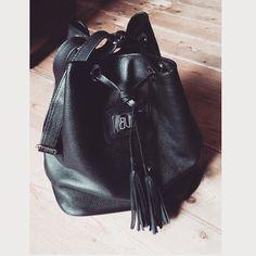 Black leather bag! @buntcolor