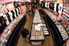 DJs britânicas criam biblioteca pública de discos de vinil