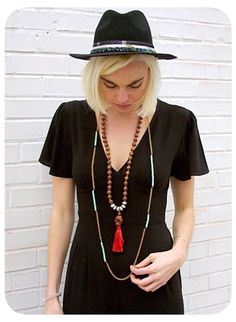 Get the look @dollaboutique  Melvin skull & long chain  #ootd #boho