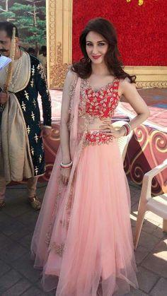 Peach Pink And Red Lehenga Choli set Red Lehenga, Indian Bridal Lehenga, Lehenga Choli, Anarkali, Sarees, Plain Lehenga, Bollywood Lehenga, Patiala Salwar, Choli Designs