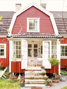 Swedish Farmhouse, Swedish Cottage, Sweden House, Red Houses, Scandinavian Home, House Goals, Future House, Hammock, Pergola