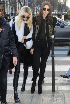 O desfile-show da Balmain em Paris - Fashionismo