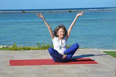Rencontrez la plus vieille professeure de yoga au monde. Cette femme de 98 ans révèle ses secrets