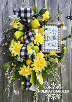 When Life Gives you Lemons Wreath Inspiration Welcome to the May 2019 showcase of beautiful wreaths and centerpieces! These stunning creations were made by designers in the Trendy Tree Marketing Wreath Crafts, Diy Wreath, Tulle Wreath, Wreath Ideas, Moss Wreath, Lemon Wreath, Sunflower Wreaths, Floral Wreaths, Trendy Tree
