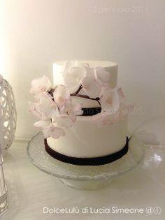 Ciliegio, wafer paper flower - by luciasimeone @ CakesDecor.com - cake decorating website