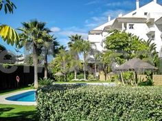 Apartment Calle 3 San Pedro Alcántara Apartment Calle 3 is an apartment located in Marbella, 14 km from Paseo Maritimo. The apartment is 18 km from Funny Beach. Marbella Bus Station is 11 km from Apartment Calle 3, while Plaza de los Naranjos is 11 km from the property.