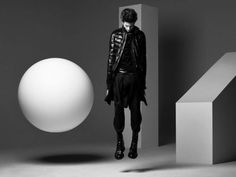 gravity & geometry Hedi Slimane Photography for Dior Homme. Fashion Shoot, Fashion Art, Editorial Fashion, Mens Fashion, Fashion Design, Men Editorial, Hedi Slimane, Dark Photography, Fashion Photography