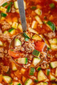 Zucchini Tomato, Zucchini Soup, Healthy Zucchini, Healthy Vegetables, Eat Healthy, Healthy Meals, Healthy Soup Recipes, Cooking Recipes, Budget Cooking