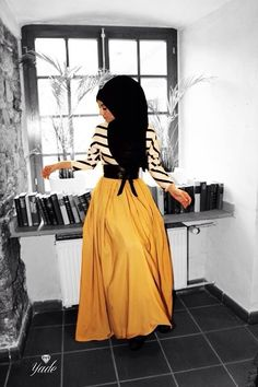 Modest long sleeve maxi dress black and white stripe top with yellow skirt stylish trendy fashion Abaya Fashion, Muslim Fashion, Modest Fashion, Skirt Fashion, Fashion Dresses, Trendy Fashion, Women's Fashion, Striped Maxi Dresses, Modest Dresses