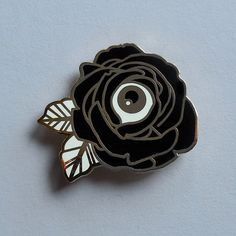 Nickel: Flower of My Eye Enamel Pin - Auto Modelle Catty Noir, Cool Pins, Metal Pins, Pin And Patches, Up Girl, Pin Badges, Lapel Pins, Little Things, Pin Collection