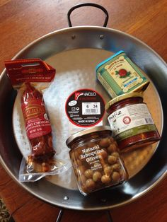 Check out this brand new subscription box from Hamptons Lane! It's still available to purchase - ships next week - and you can get totally ready for summer southwestern cooking (and in time for Cinco de Mayo!). - http://mommysplurge.com/2014/10/easy-paella-recipe-hamptons-lane-spanish-tapas-review-coupon/