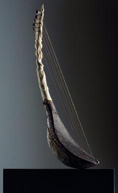 African Harp - Mangbetu, Republic of the Congo - Museo dell'arpa Victor Salvi