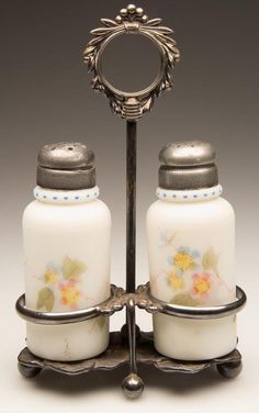 MT. WASHINGTON CREASED NECK PAIR OF SALT AND PEPPER SHAKERS
