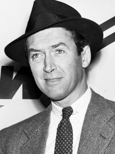 Jimmy Stewart, 1951 Hollywood Star, Golden Age Of Hollywood, Westerns, James Stuart, Roy Scheider, Veronica Lake, Classic Movie Stars, Its A Wonderful Life, Best Actor