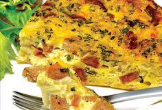 Frittata aux oignons et à la saucisse italienne Mets, Frittata, Bon Appetit, Lasagna, Nom Nom, Chicken, Ethnic Recipes, Food, Mediterranean Kitchen