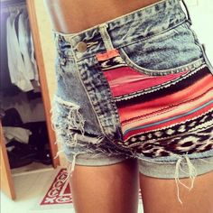Love me some tribal shorts! I'm going to attempt to make a pair soon! Tribal Shorts, Diy Shorts, Estilo Hippie, Hippie Chic, Gossip Girl, Catch, Diy Vetement, Do It Yourself Fashion, Gypsy