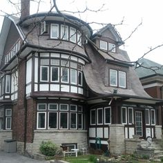 Another awesome house in High Park